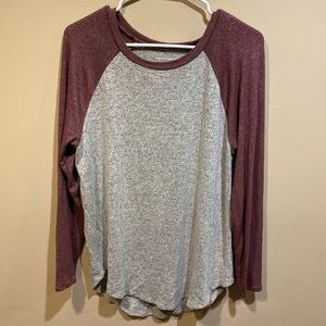 American Eagle Red and Grey Long Sleeve